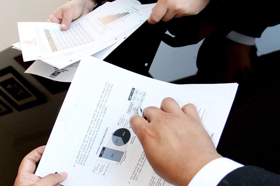 Czy e-aukcje wykluczają negocjacje tradycyjne?